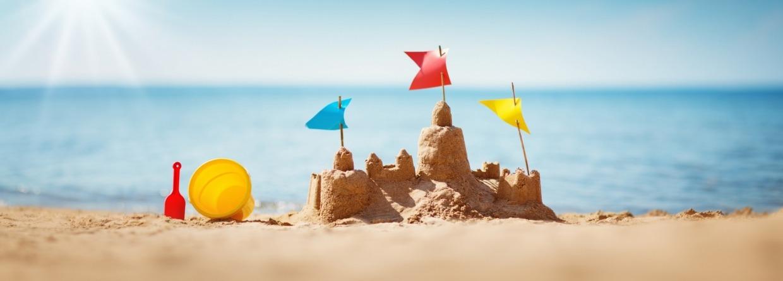 Zandkasteel op strand